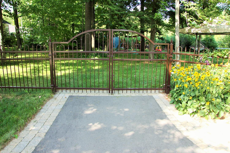Barrière double GR – 48» haut – Bronze Veiné